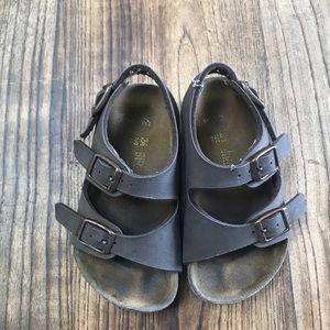 Birkenstocks for toddlers!